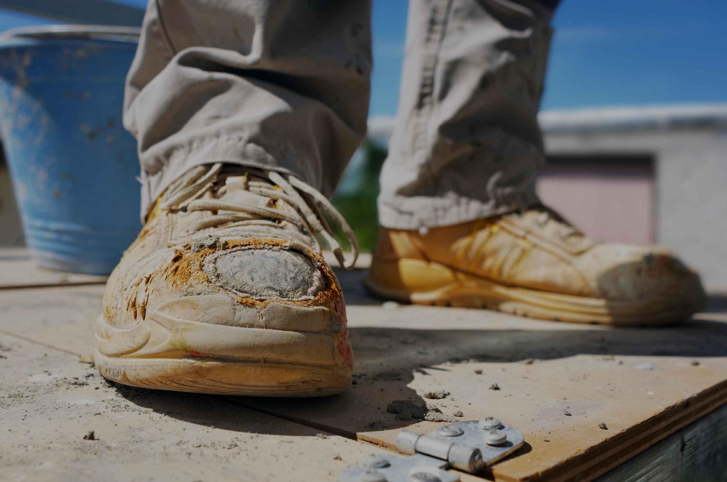 Scarpe antinfortunistiche rovinate